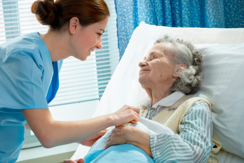 What are the signs of nursing home abuse